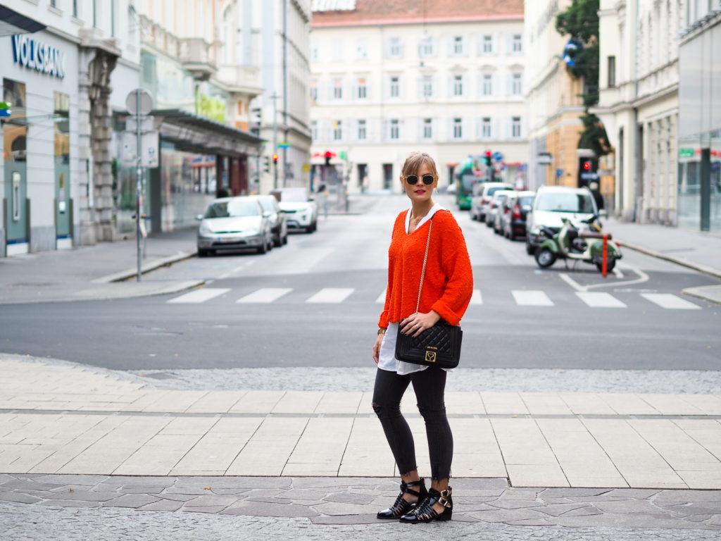 Lookbook – Herbstfavoriten – oranger Pullover