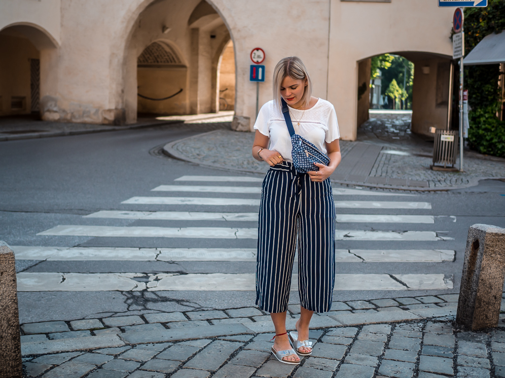 Outfit | Hello Sunshine – blau und weiß ist angesagt