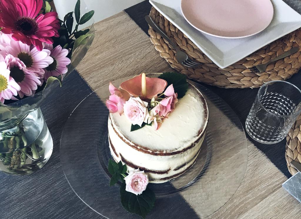 FOOD | Gastbeitrag – Karotten Naked Cake